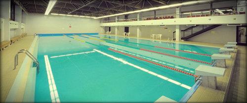 Чистый и просторный бассейн.