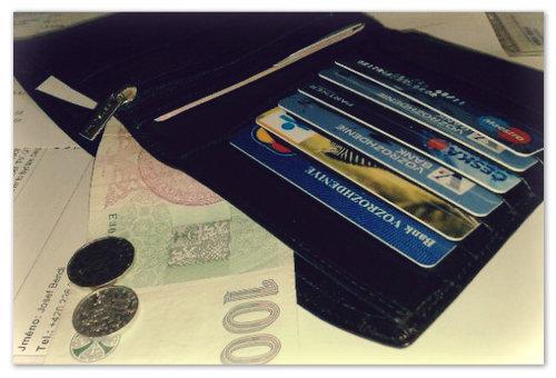 Электронные деньги и банковские карты в Чехии.