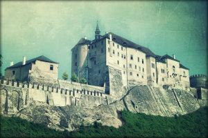 Замок Штернберг прекрасен в авгусе.
