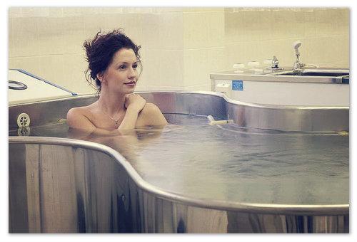 А принятие лечебных ванн — это наслаждение.