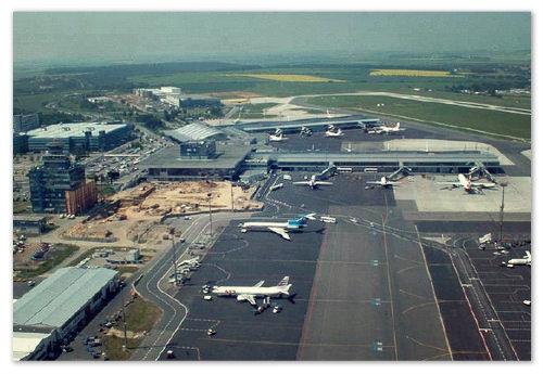 Аэропорт в Праге.