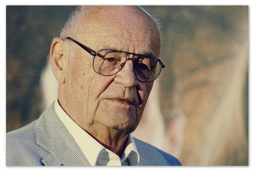 Vaclav Vorlicek — сценарист и режиссёр картины. Сейчас ему 83 года.