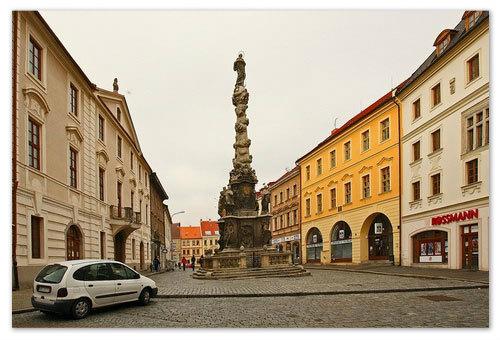 Чумной стоб — памятник в стиле барокко.
