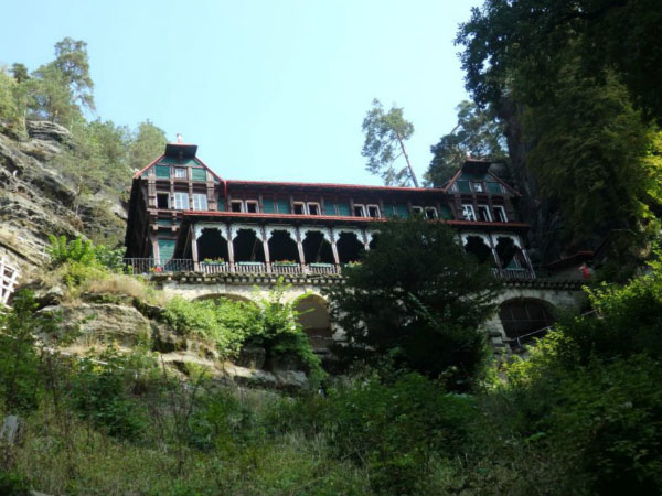 Старинный замок.