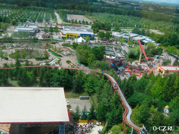 Вид на парк с высоты.