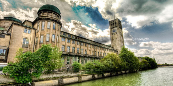 Немецкий музей науки и техники.