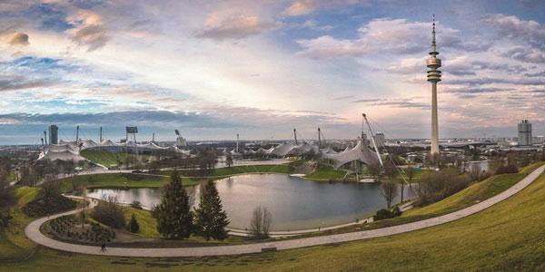 Olympiapark — Олимпийский парк.