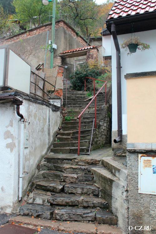 Каменная лестница.